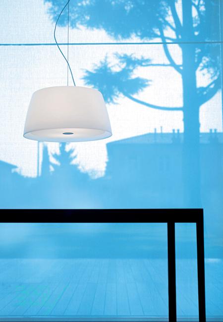 Ginger S50 branco, candeeiro de suspensão da marca Prandina, na Traço de Luz iluminação, Portugal