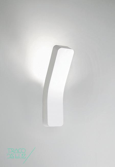 Traço de Luz Candeeiro de parede Prandina Platone