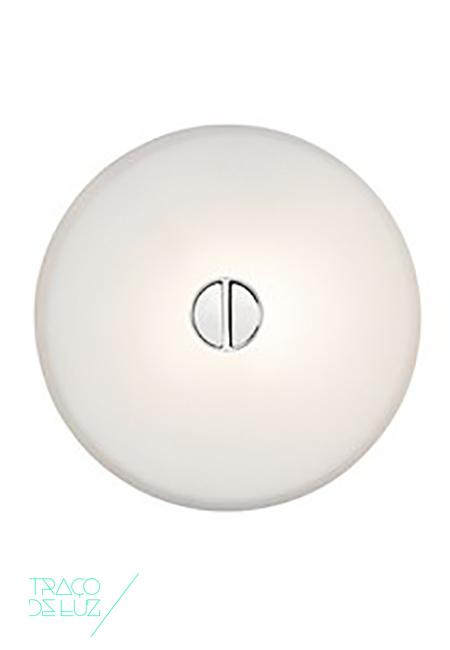 Mini Button, aplique de parede ou plafond de teto de interior ou exterior da marca Flos, na Traço de Luz iluminação, Portugal