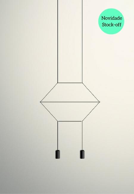Wireflow é um candeeiro de suspensão, desenhado por Arik Levy que recria a ideia de lustre/candelabro através de um exercício de simplificação que explora a sua essência e realça as suas linhas de contorno com delicadeza e, ao mesmo tempo, com uma forte presença formal. Tem a aparência de uma estrutura fina de cabos, que distribui a luz em todas as direcções por igual. A estrutura de Wireflow é em aço e o seu difusor em vidro. Com tecnologia LED incorporada, Wireflow contempla ainda sistema DALI, 1-10V. Dimensões 40 x 35 x 200 cm Fonte de Luz Led incorporado Prazo de entrega 3 a 5 dias úteis Stock 1 unidade do nosso catálogo stock-off (produto de exposição) justificando o preço especial de venda. +info