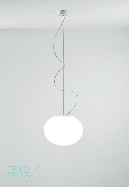 Zero S3 branco, candeeiro de teto da marca Prandina, na Traço de Luz iluminação, Portugal