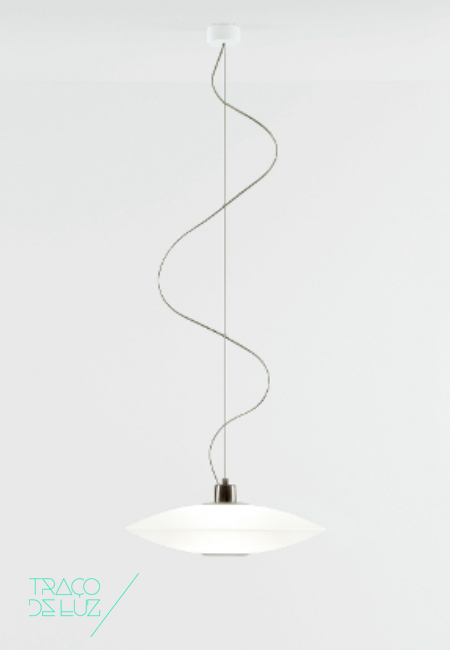 Extra branco, candeeiro de teto da marca Prandina, na Traço de Luz iluminação, Portugal