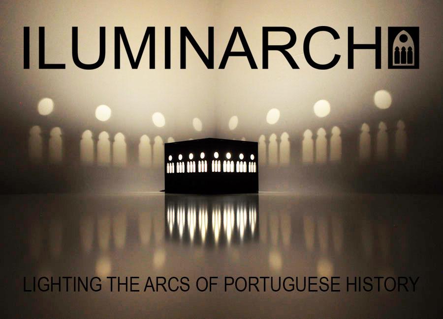 Iluminarch é a nova aposta da Traço de Luz para a Mostra de Design de Iluminação Português. Iluminarch é uma colecção de candeeiros que aborda o conceito de iluminar de uma forma inovadora. Inspirando-se na História da Arquitectura Portuguesa, o objecto e a luz recriam a magia dos claustros representados. Transformados em pequenas caixas de luz, cada claustro permite uma luz ambiente confortável ao mesmo tempo que enche o espaço com as sombras destes ícones arquitectónicos, de uma forma representativa nunca antes vista. O design foi concebido de forma a que o seu utilizador consiga construir a sua caixa de luz, permitindo também o transporte fácil. Iluminarch é um souvenir histórico e arquitectónico, que procura valorizar o património arquitectónico português tirando partido de um conceito que associa interesse histórico a efeito lumínico.