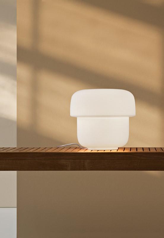 Mico T3 branco, candeeiro de mesa da marca Prandina, na Traço de Luz iluminação, Portugal