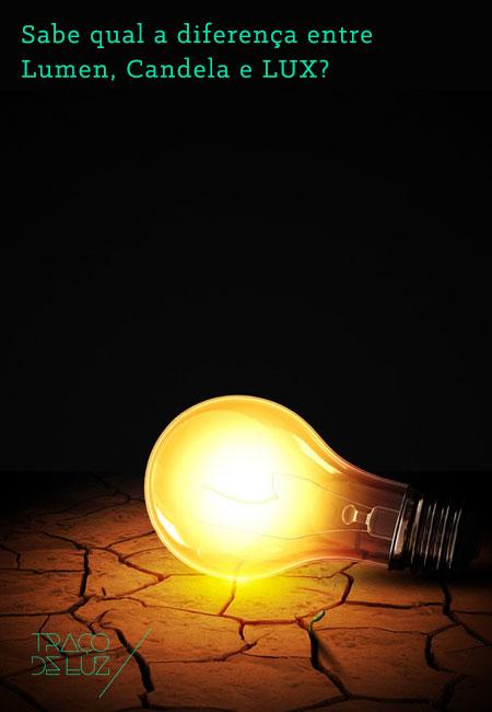 Sabe qual a diferença entre Lumen, Candela e LUX? A Traço de Luz explica-lhe. Já andou às voltas com conceitos como Lumen, Candela e Lux? Estes conceitos fazem parte do dicionário base da iluminação. São essenciais para quem procura no seu projecto de arquitectura ou na renovação da sua casa incluir um projecto de iluminação. A luz faz parte do nosso dia-a-dia e é essencial para o nosso bem estar. Cada espaço tem, de acordo com a sua actividade, uma exigência lumínica própria. Para avaliar que o seu espaço corresponde aos padrões exigidos de conforto e eficiência deve saber bem o que é um Lumen, uma Candela e um Lux. Lumen (Símbolo lm) Unidade de medida de fluxo luminoso equivalente à quantidade de luz emitido por uma fonte de luz. Candela (Símbolo cd) Unidade de medida que representa a quantidade de luz que é emitida numa determinada direcção. É representada pela curva de distribuição de luz vulgarmente conhecida por LDC. Lux (Símbolo lx) Unidade de medida que representa a quantidade de luz que uma superfície que recebe distribuída de forma uniforme. Corresponde a lúmen por metro quadrado. O Lux mede a eficiência lumínica de uma luminária. --- Traço de Luz, Light up! Porque nos interessa a luz! Em breve escrevemos sobre conceitos como Eficiência Lumínica, Luminância, Intensidade Lumínica, Curva de Distribuição de Luz (LDC). Fique atento ao nosso site e subscreva à nossa newsletter.