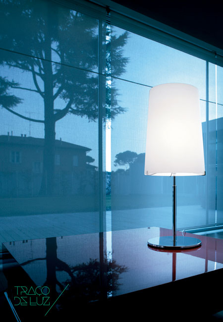 Sera Small T1 white, table lamp by Prandina, at Traço de Luz lighting