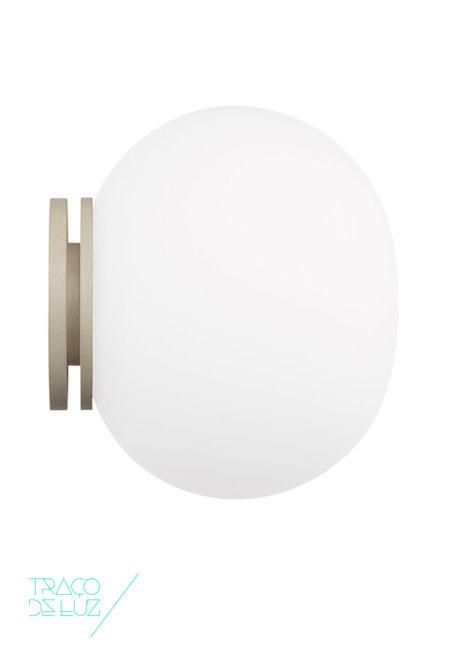 Mini Glo-Ball, aplique de parede da marca Flos, na Traço de Luz iluminação, Portugal