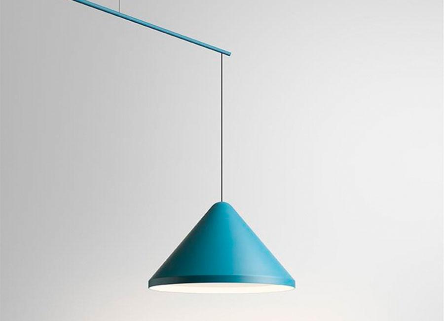 North azul, candeeiro de suspensão da marca Vibia, na Traço de Luz iluminação, Portugal
