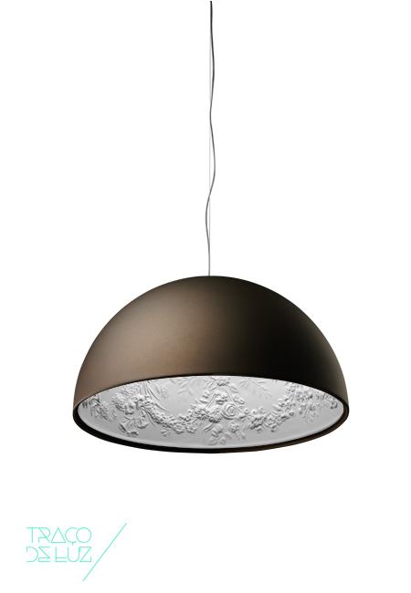 Skygarden castanho ferrugem, candeeiro de teto da marca Flos, na Traço de Luz iluminação, Portugal